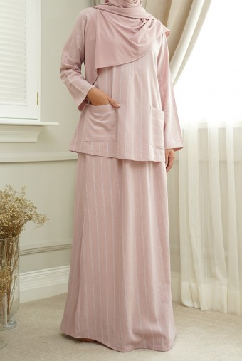 Teja Kurung in Dusty Pink