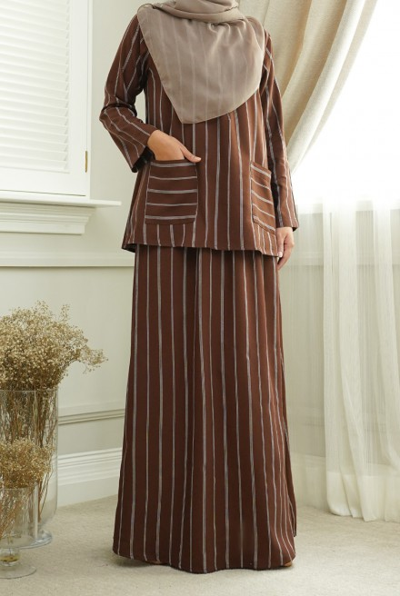 Teja Kurung in Dark Brown