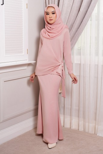 ONDE Kurung in Dusty Pink
