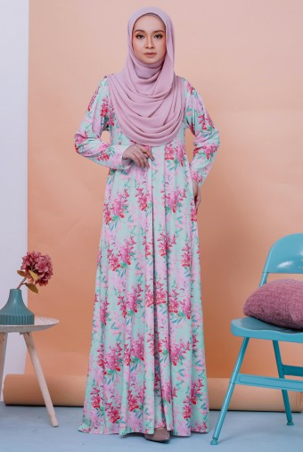 Rifna Dress in Camellia