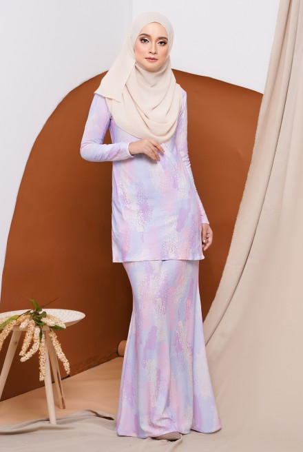 GRACE KURUNG IN PINK PADDLEPOP