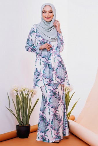 GLORIA KURUNG IN BELLFLOWER