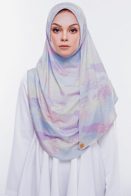 Rizqa Printed in Pastel Lily