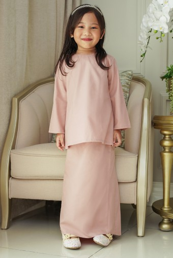 Kunyit Kurung Basic Girl in Coral Pink
