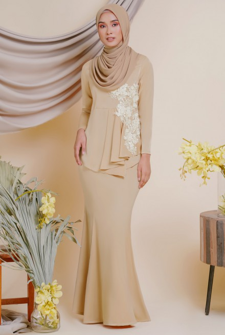 (AS-IS) AYESHA Kurung in Sand