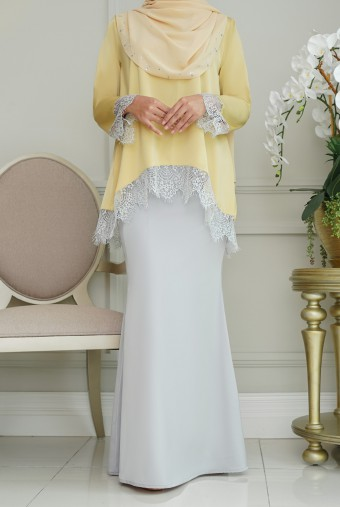 Jintan Kurung in Yellow Grey