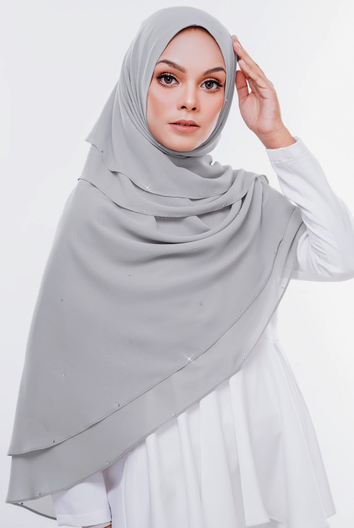 Nazia Khimar in Grey
