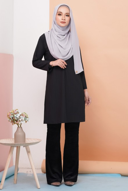 Royale Tunic in Black