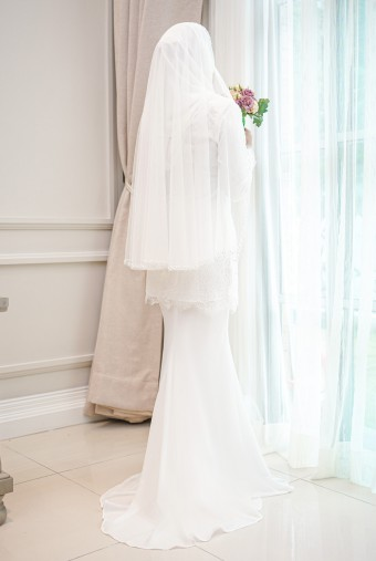 AIYA VEIL in Off White