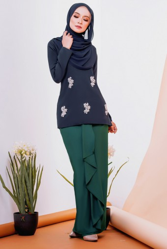 Fatima Kurung in Dark Blue