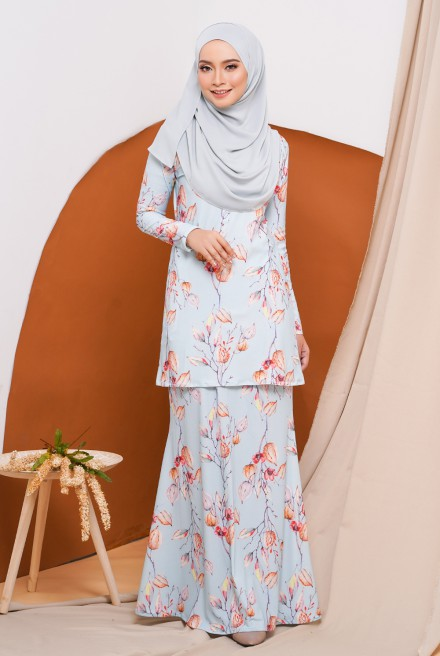 GRACE KURUNG IN MINT PETAL