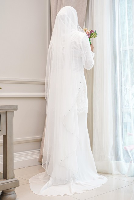 AYRIS VEIL in Off White