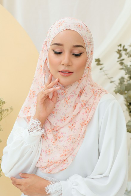 Adra Long Shawl In Clara
