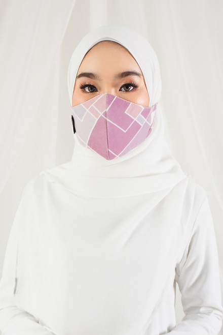 Sara Printed Face Mask In Deep Fantasy
