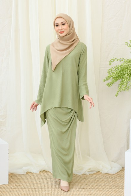 Srikandi Mom in Dusty Olive