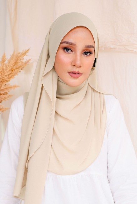 Bayu Instant Shawl in Issabelline