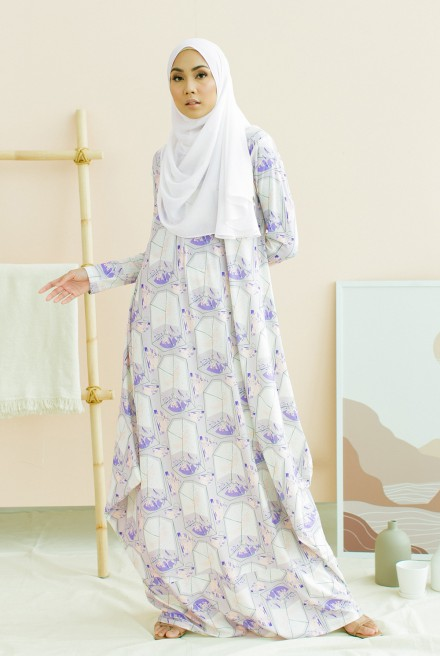 Nayera Dress in Lavendar Bloom