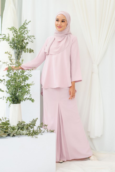 Renjana Kurung In Soft Purple