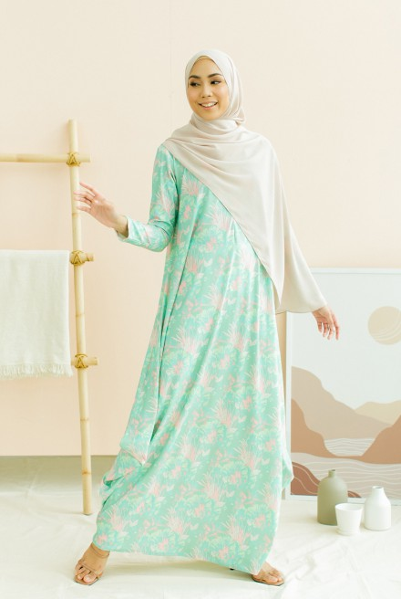 Nayera Dress in Mint Leaf