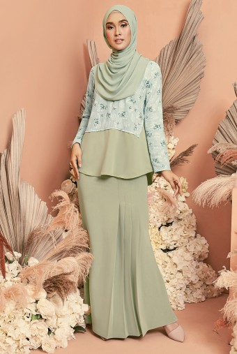 Bawang Kurung in Mint