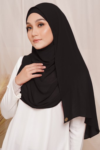Sadia Long Shawl in Black