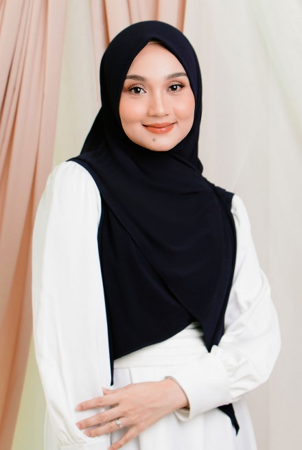 Luna Bawal Instant in Black