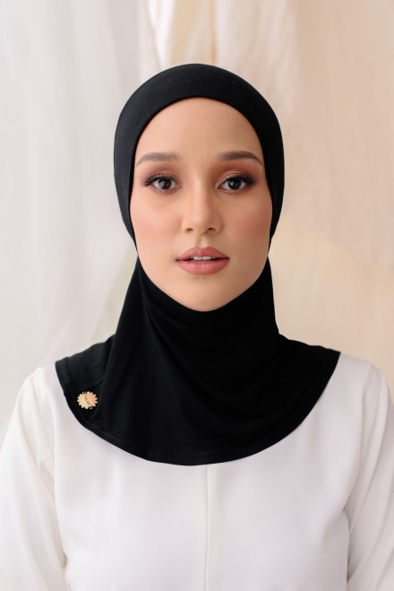 Aveen Inner Neck in Black