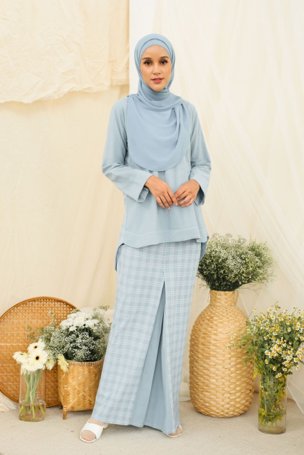 Dewi Kurung In Blue