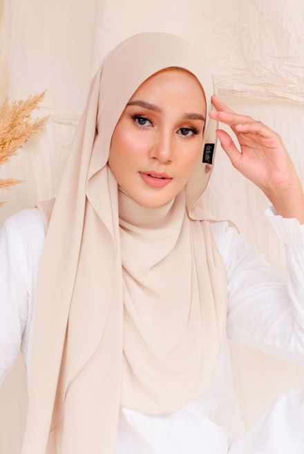 Bayu Instant Shawl in Buttercream