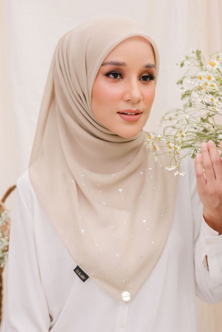 Myla Luxe Bawal 12/20 in Careys