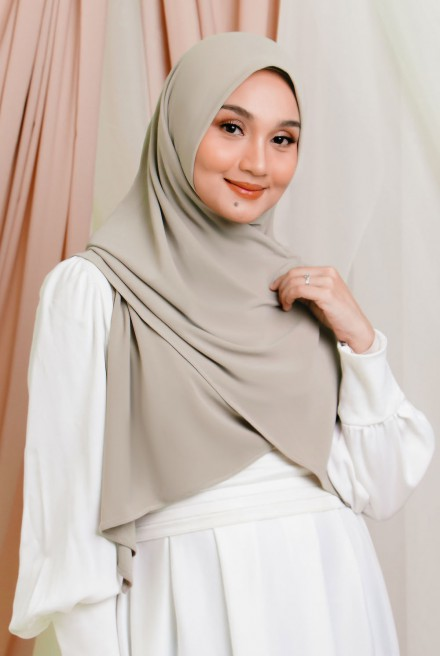 Luna Bawal Instant in Cloud