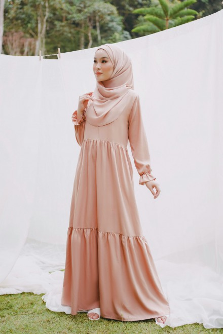 Ifka Dress in Coral