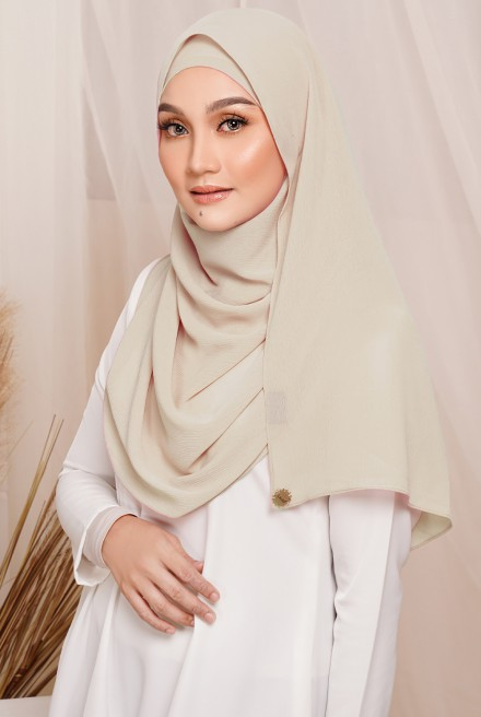 Sadia Long Shawl in Cream