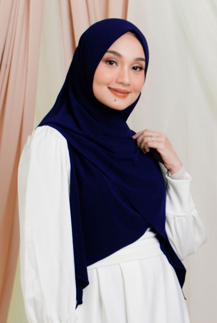 Luna Bawal Instant in Deep Blue