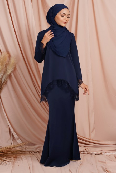 Jintan Kurung in Deep Blue