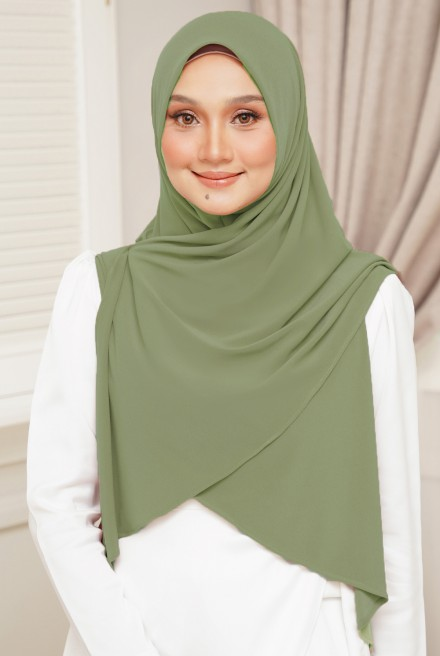 Luna Bawal Instant in Dusty Olive