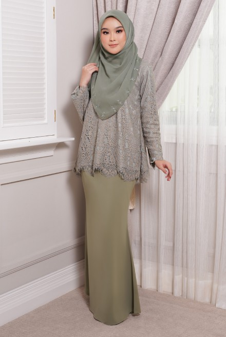 Maisun Kurung  in Dusty Olive