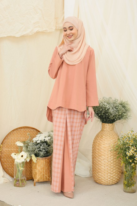 Dewi Kurung In Dusty Orange