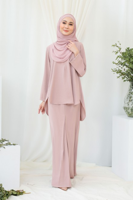Renjana Kurung In Dusty Pink