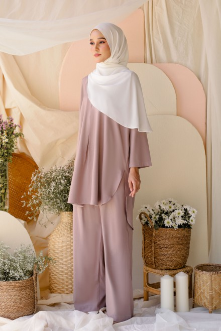 Atma Suit In Dusty Purple