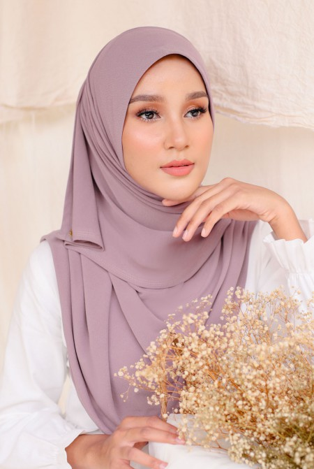 Kaila Instant Shawl in Dusty Purple