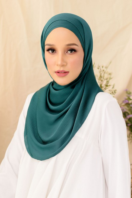 Nour Long Shawl In Emerald