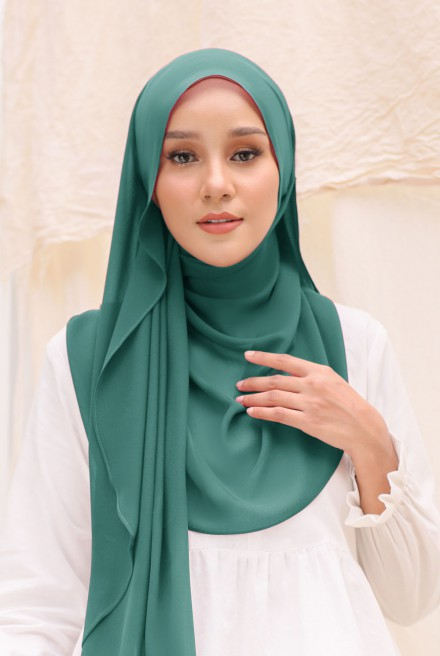 Bayu Instant Shawl in Emerald