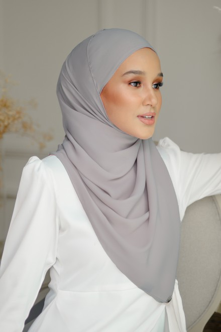 Pikat Long Shawl in Dark Grey