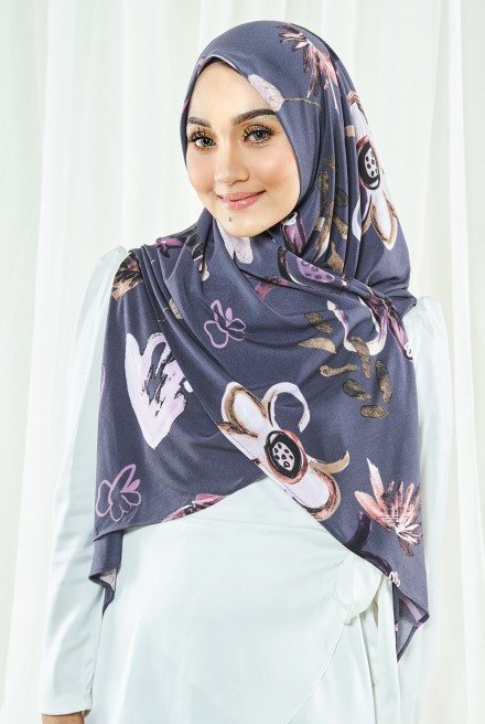 Luna Printed Bawal in Grey Florist