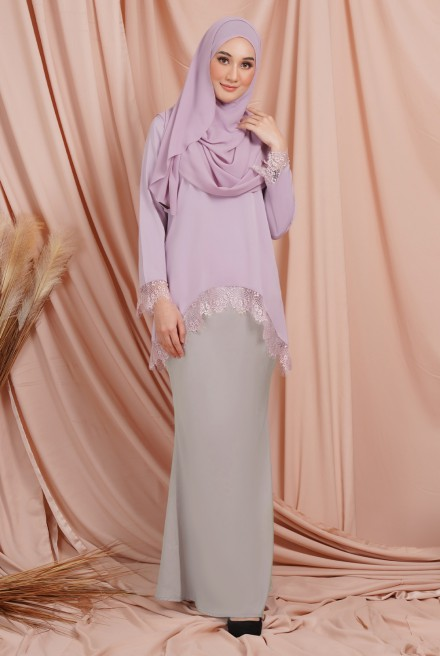 Jintan Kurung in Lavender Grey
