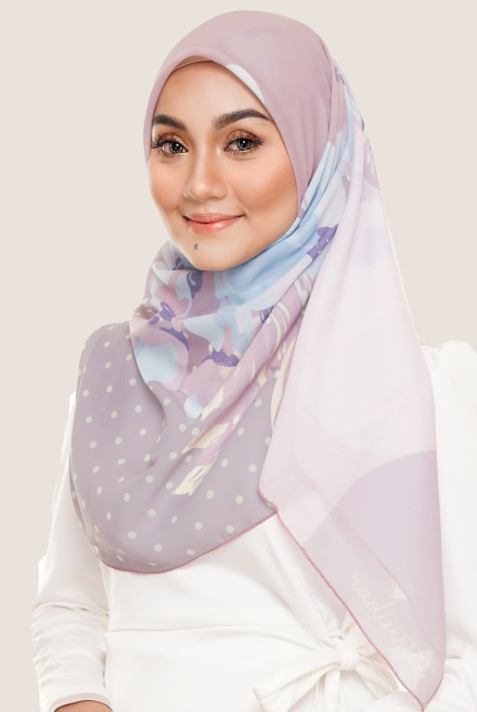 LE Claire Bawal in Light Mauve