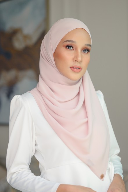 Pikat Long Shawl in Love Light