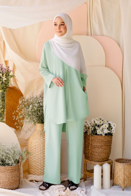 Atma Suit In Mint Green