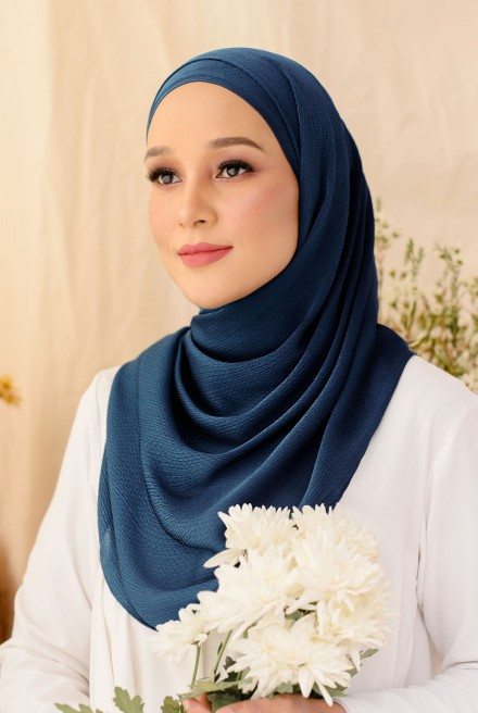 Nour Long Shawl In Navy